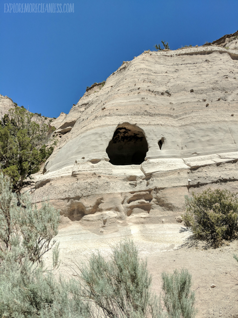hole in the cliff tent rocks