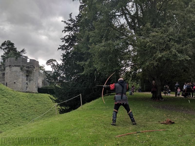 archery show warwick castle