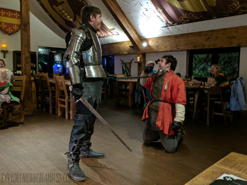 knights village dining warwick castle